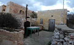 Farmhouse - unconverted (kurjuz) Tags: farmhouse malta mgarr fommirrih kuncizzjoni talabbatija