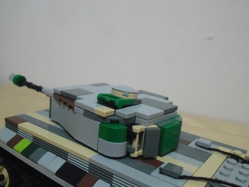 Tiger I V2 (detail of the new turret)