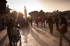 Marrakech - Djemaa El-Fna (Sergio Formoso) Tags: sunset people atardecer gente islam morocco maroc marrakech muslims marruecos koutoubia  minarete elfna djemaa kutubiya  kutuba