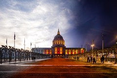 Day to Niners (Bryan Nabong) Tags: sanfrancisco california sunset northerncalifornia day unitedstates cityhall nfl 49ers blended northamerica transition civiccenter niners redandgold