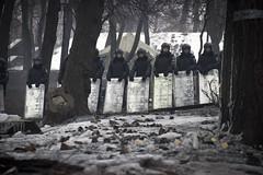 Police line at Hrushevsky (Christiaan Triebert) Tags: square european protest police ukraine revolution rebellion ukrainian kiev kyiv revolt protesters oekraine вулиця eurosquare євромайдан euromaidan euromaydan грушевського hrushevskoho михайла