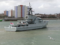 HMS  Mersey P283 (Rob_Pennycook) Tags: ship navy hampshire solent portsmouth warship royalnavy riverclass vision:text=0539 vision:car=0638 vision:outdoor=0969