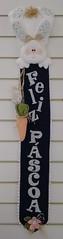 Enfeite Páscoa (Ka Comelli) Tags: artesanato feltro coelho decoração tecido aplicação felizpáscoa feitoamão enfeiteporta patchaplique