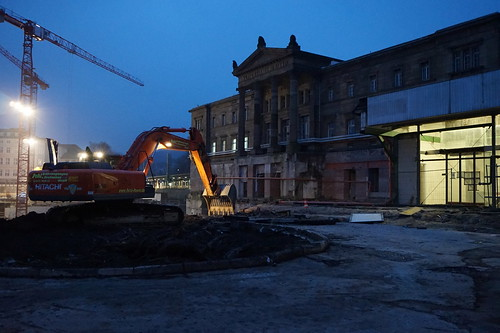 Reshaping the surroundings of Wuppertal's historic station building