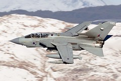 """Wolf 12""- Snowdonia!! (PhoenixFlyer2008) Tags: snow wales wolf aircraft aviation military 12 snowdonia aircrew lowlevel panavia royalairforce bwlch machloop marham fastjet 12bsqn airteamcanoncouk wwwairteamcanoncouk"