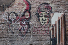 Graffiti unlimited (HeidrunHeidrun) Tags: berlin wall graffiti mirror wand spiegel selfie