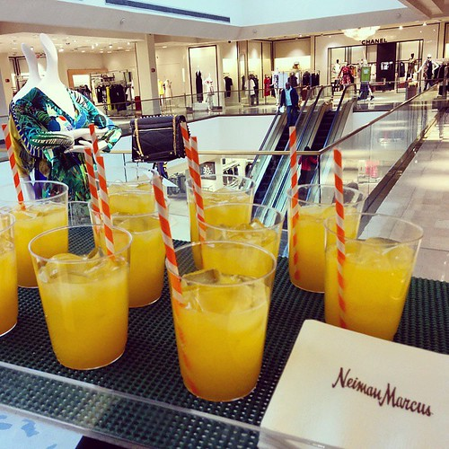 #PraiseRa #whenwillspringcome #NeimanMarcus #NeimanMarcusWestchester  #orangerefreshments