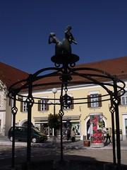 Well, Frohnleiten, Austria (Norbert Bnhidi) Tags: sculpture statue austria oostenrijk sterreich well ausztria steiermark autriche styria szobor frohnleiten  stiria estiria ustria estria styrie stjerorszg stiermarken