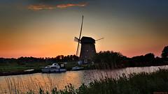 End Of Day (Emil de Jong - Kijklens) Tags: sunset zonsondergang molen mill sinpancras sint pancras sintpancras molena
