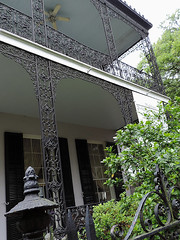 New Orleans - Filigree Ironwork (Drriss & Marrionn) Tags: street house building architecture buildings outdoor balcony neworleans balconies gardendistrict streetviews neworleansla housestyle streetdetails neworleanscitytrip filigreeironwork