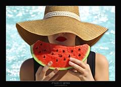 Summer time - Amparo Garca Iglesias (Amparo Garcia Iglesias) Tags: red mar rojo agua photos piscina fotos verano garcia iglesias vacaciones sandia calor tiempo amparo
