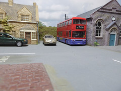 Union Bus Leyland Titan in Dentwold. (ManOfYorkshire) Tags: scale model bus cars union company dentwold 176 oogauge diecast efe cararama jaguar leyland titan contract work woolestate workers service duty chapel t375 metroline ex london red blue