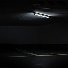(matthiaswerner) Tags: licht neon parking hamburg untergrund parkhaus