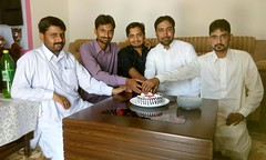 Happy Birth Day - Irfan Kayani - Incharge Guldasta - Weekly Pindi Post (5) (Dhakala Village) Tags: سالگرہ مبارک happybirthday celebration mibrahim ibrahim ibrahimdhakala irfankayani shahzadraza mirzasulman firdosmehmood abduljabbar kake smilingface gathering home