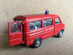 Old Cars Italy - Fiat / Iveco Daily  - Fire Brigade Crew Bus / Personnel Carrier - Sommozzatori VVF Milano  - Miniature Die Cast Metal Scale Model Emergency Services Vehicle (firehouse.ie) Tags: old italy milan bus cars toy fire model fiat milano daily crew vehicle oldcars feuerwehr bomberos fuoco brandweer iveco brigade pompiers feuerwehrauto vigili vvf bombeiros pompieri straz giat sapeurs hasici