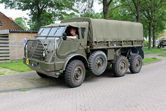 "1955 DAF YA 328 ""Dikke Daf"" (Davydutchy) Tags: netherlands truck army ride military may nederland hobby voiture 328 lorry vehicle frise rit heer convoy paysbas ya friesland hercules armee leger niederlande militr daf reenacting lkw 2016 frysln militair frisia rondrit langweer tocht langwar kolonne ya328 dikkedaf poidslourd legervoertuig legergroen"