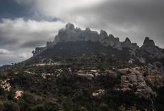 Montserrat (efe Marimon) Tags: barcelona montserrat montaas canonpowershots120 felixmarimon