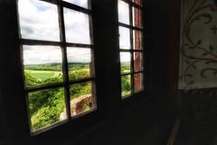 Ronneburg (hobbit68) Tags: sky sonne sonnenschein clouds turm wolken sommer alt wald gebude himmel haus canon old verfallen ruine fenster burg outdoor