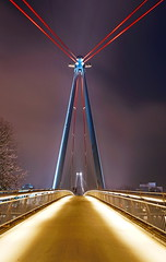 Holbeinsteg 2 (stephan.hickisch) Tags: city bridge blue light red sky urban night germany evening frankfurt steel main financial metropole holbeinsteg untermainkai