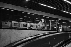 Metro. Moscow. 06.2016 (Woodent) Tags: streetphotography moscow metro film child contrast nikons32000 wnikkor3518 fujineopan400 800 diafine bw
