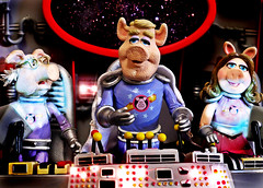 Pigs In Space (RK*Pictures) Tags: show bridge green classic animal fun toy piggy actionfigure funny comedy space stage janice muppets statler waldorf honeydew scooter frog pigs link cult pigsinspace miss uss kermit diorama beaker rowlf misspiggy zoot muppetshow fozzie slapstick kermitthefrog drteeth jimhenson drbunsenhoneydew frankoz fozziebear gueststar themuppetshow strangepork swinetrek theelectricmayhem televisionseries samtheeagle palisadestoys linkhogthrob floydpepper ussswinetrek themuppetlabs