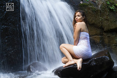 Under Water (hfcnathan) Tags: girls sexy rock female waterfall models rocher femmes chutedeau frenchguiana roura guyanefranaise modles fourgassi