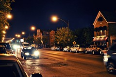 Somewhere down on Fullerton (Max Klingensmith) Tags: urban chicago night nikon traffic logansquare fullerton gapersblock urbannight nikoniste nikond5000