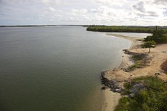 Lagoa Munda / Munda Lagoon - Macei, Alagoas (Francisco Arago) Tags: ocean trees sunset pordosol brazil sky latinamerica southamerica nature gua horizontal brasil clouds photography mar al colours photographer shadows orla natureza capital aerialview panoramic aerial cu panoramica fotografia litoral sombras fotgrafo area macei rvores oceano nordeste coqueiros mangue alagoas amricadosul amricalatina colorido nvens panoramicview regionordeste coqueiral vistapanoramica oceanoatlantico guadoce canonef24105mmf4lis repblicafederativadobrasil pontoturstico linhadohorizonte cidadeturstica canoneos5dmarkii atraoturstica aguascalmas franciscoarago estadodealagoas municpiodemacei capitaldoestadodealagoas oparasodasguas mundalagoon lagoamundau