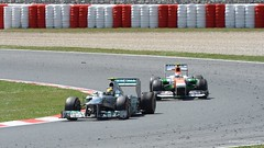 Hamilton / Sutil . Mercedes F1 W04 . 2013 GP F1 Spain. The race. DSC_6911 (antarc) Tags: barcelona espaa india race de one mercedes team spain nikon force petronas hamilton lewis grand f1 prix formula adrian catalunya tamron circuit formula1 fo vc usd amg w04 the 70300 montmel formule sutil 2013 d7000 vjm06 108zmercedes