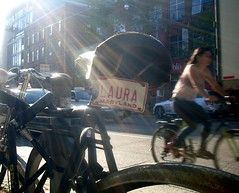 Laura of Maryland (Georgie_grrl) Tags: toronto ontario laura bike bicycle downtown cyclist maryland plate bikingtoronto embracetheflare mydarkpinkside samsungd760 changeyourliferideabike