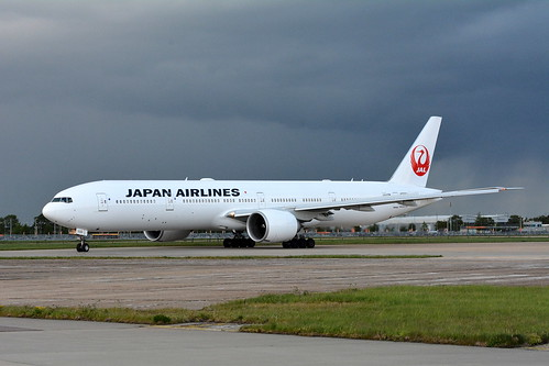 JAPAN AIRLINES BOEING 777/3 JUST PUSHED BACK FROM STAND 336