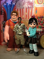Wreck it Ralph meet & greet, with Mercury Bird (Brilliant Railroad) Tags: birds mercury it wreck ralph meet greet randolph vanellope