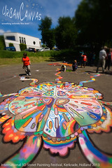Jellyfish (UrbanCanvas) Tags: street uk urban holland art public dutch festival painting giant children chalk 3d artwork jellyfish artist drawing pavement arts picture canvas event international workshop artists chalking kerkrade participation urbancanvas screever