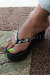 untitled shoot-6703 (Mrs Lynn) Tags: blackandwhite black sexy shoes toes highheel pumps bbw thighs mature barefoot heels barefeet wrinkles milf soles ebony plump thick platforms wedges filf silf opentoepumps mrslynn softsoles ebonysoles wrinklesoles clearplatforms plumptoes