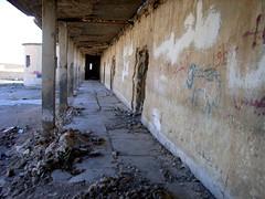 """In dieser leerstehenden Baracke lebten die ersten Flüchtlinge von Hawresk • <a style=""""font-size:0.8em;"""" href=""""http://www.flickr.com/photos/65713616@N03/9309176570/"""" target=""""_blank"""">View on Flickr</a>"""