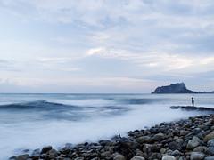 Cala Baladrar - Benissa - Penyal d'Ifach - Calp - (monsalo) Tags: mar agua mediterraneo playa niño ifach peñondeifach penyaldifach monsalo