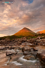 RED CUILLIN (ludas71) Tags: skye tramonto nuvole fiume scozia torrente sligachan clickalps lucagino