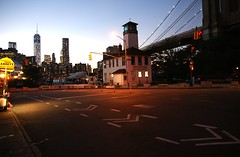 Brooklyn Icecream Factory scene (Ni1050) Tags: street nyc bridge sunset usa ny newyork brooklyn night america lights us unitedstates nacht manhattan dumbo scene dmmerung sonya amerika brcke bigapple lichter brooklynicecreamfactory 2013 ni1050 ninicrew