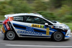 136  PANICERES . FORD Fiesta R2 . 2013 Rally RACC  DSC_4028e (antarc foto) Tags: world espaa costa 6 classic ford car angel race de 1 championship team spain nikon fiesta stage rally amp competition racing special wrc salvador catalunya nikkor r2 esp vr afs 136 daurada 49th dx 18105 rallying ss6 racc 2013 colldejou ralli espesp d7000 belzunces paniceres