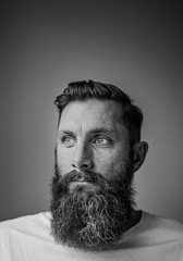Beard crop (Tim Bow Photography) Tags: portrait man male face look beard eyes glare sweden stockholm australian british welsh svenska blackandwhiteportrait malegrooming timboss81 timbowphotography