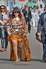 DSE_4618 (ze06) Tags: street woman sexy girl festival glamour dress cannes candid gorgeous minidress croisette