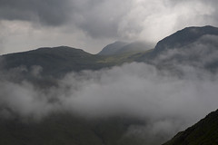 Gathering Storm, Esk Hause (Nick Landells) Tags: storm cloud mist fog inversion allencrags greatend eskpike bowfell brewing gathering eskhause lakedistrict drama dramatic moody