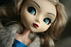 New Lashes (I~Hve~A~Hedcold) Tags: pullip vivien limited edition blue eyechips blonde wig dollie lashes