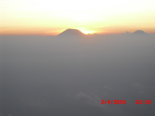 "Pengembaraan Sakuntala ank 26 Merbabu & Merapi 2014 • <a style=""font-size:0.8em;"" href=""http://www.flickr.com/photos/24767572@N00/27163250745/"" target=""_blank"">View on Flickr</a>"