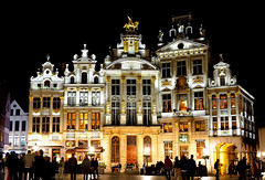 L'toile, Le Cygne, L'Arbre d'Or, La Rose, Le Mont Thabor (chemakayser) Tags: plaza europa grandplace bruselas belgica