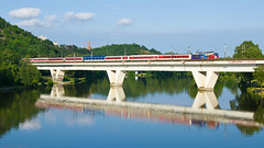 EuroNight ped Holeovicemi (cz.fabijan) Tags: en train prague railway troja praha 371 vlak holeovice d eskdrhy eleznice 371201