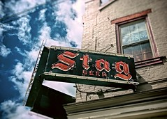 Goin' Stag (Pete Zarria) Tags: illinois neon sign bar stag liquor beer