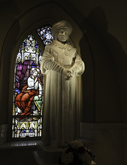 Saint Thomas More (Lawrence OP) Tags: sculpture statue saints martyr stthomasmore fishermore