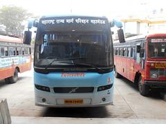MSRTC Shivneri Volvo B7R Resting at Shirdi Bus Standdoing Mumbai - Shirdi Via Nashik (gouravshinde94) Tags: msrtc shivneri volvo bus shirdi mumbai b7r