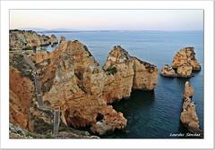 Ponta da Piedade - El Algarve - Portugal (Lourdes S.C.) Tags: costa portugal mar lagos rocas formacionesrocosas elalgarve